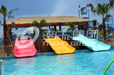 Chiny Commercial Water Park Equipment Fiberglass Water Slides for Swimming Pool dostawca