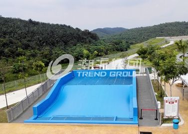 Chiny Surfing Flowrider Water Ride Extreme Sport Fun 21.7m * 13.4m For Aqua Park dostawca