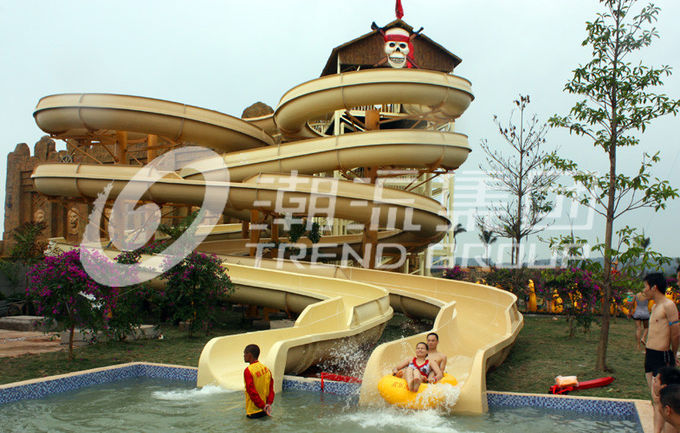 Aquatic Playground Equipment , Large Water Slides Capacity for Family Fun in Big Water Park